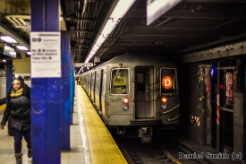 D Train At Chambers Street