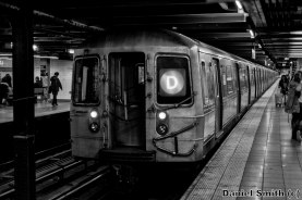 D Train at 14th Street - Eighth Avenue