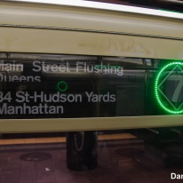 7 Train Rollsign