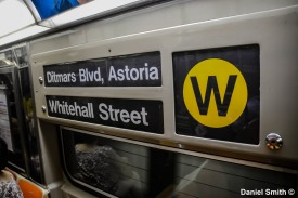 W Train Rollsign